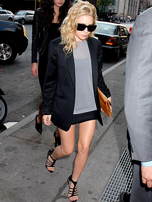 very casual, i love the boyfriend blazer