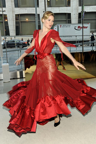 Doutzen Kroes (my favorite!) in Zac Posen