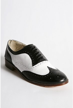 Candela NYC Spectator Oxford $198 (online only)